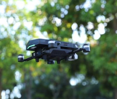 工业无人机依靠无线信号的飞行状况