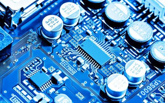 追赶世界领先技术,国产芯片产业还有很长的路要走