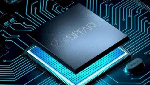 ARM Neoverse 服务器芯片支持 DDR4/DDR5 主存储器