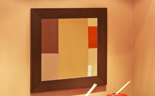 智能镜子屏的新应用,拥有丰富的多媒体功能