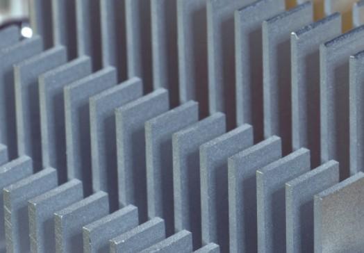 英伟达超越英特尔成为美国市值最高的芯片制造商