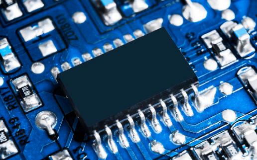 MRAM(磁性RAM)是一種使用電子自旋來存儲信...