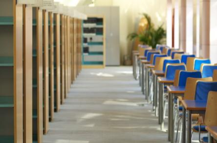 中山大学应用基于RFID技术的智能图书馆