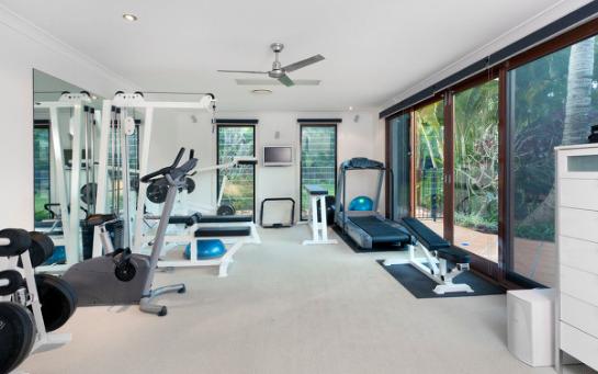 健身房中的智能魔镜,智能黑科技时代已来临