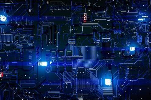 微结构技术领域专家利用光子引线键合技术,制造出光通信引擎