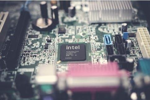 AMD 即将发布Zen 3 系列,第一次在桌面级支持 DDR5内存