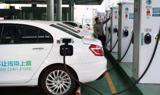 燃料电池与锂电池两者存在怎样的互补关系?