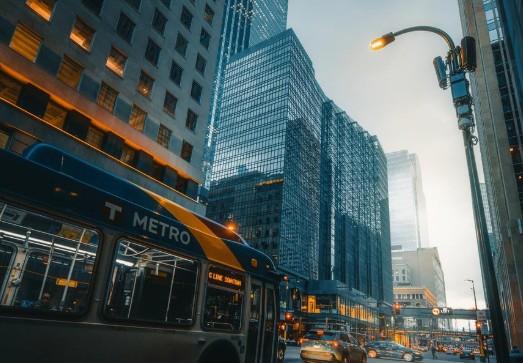 亚马逊为什么推迟自动驾驶汽车服务部署计划?
