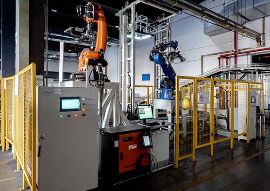 基于AI技术,COLMO同步展现工厂的实时虚拟场...