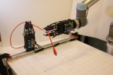 MIT制造了两只带有利用高精度触觉传感器的机器手