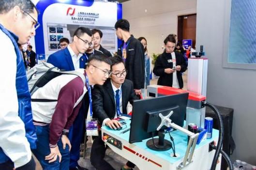 中国光谷推动光电行业产业链融合发展