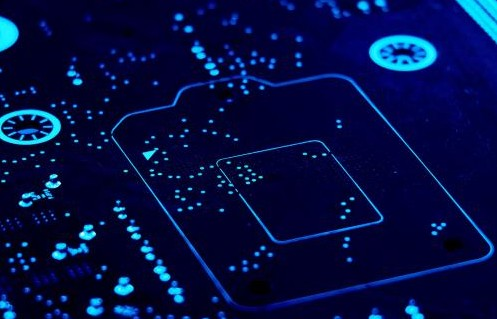 光通信设备的激光收发模块利于维护国内供应链的稳定...