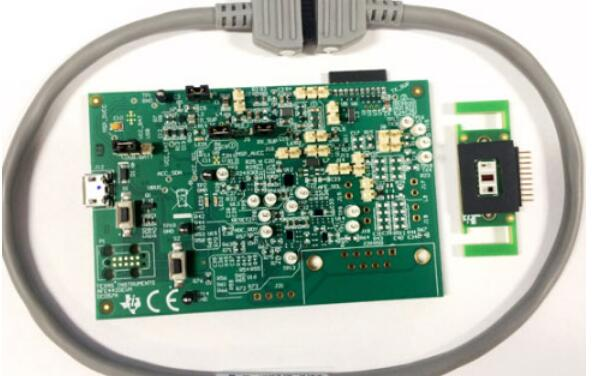 AFE4420的特性及應用電路