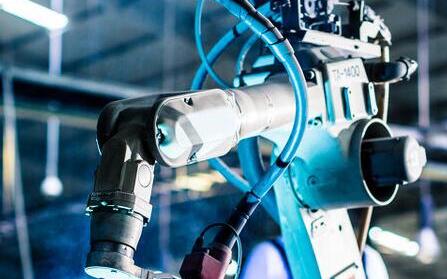 造成機器人精度不足的原因有哪些