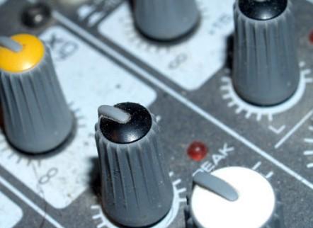 变频器有哪几部分组成?其优势是什么?