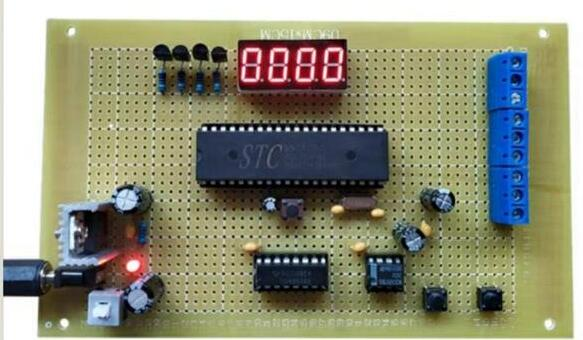 数码管做成电压表的方法