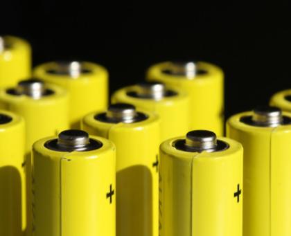 松下计划明年提高特斯拉电池产能,将投资超1亿美元