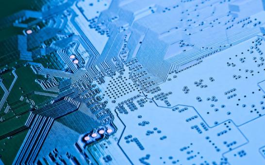 國內芯片產業該如何發展,與哪些因素有著直接影響關系