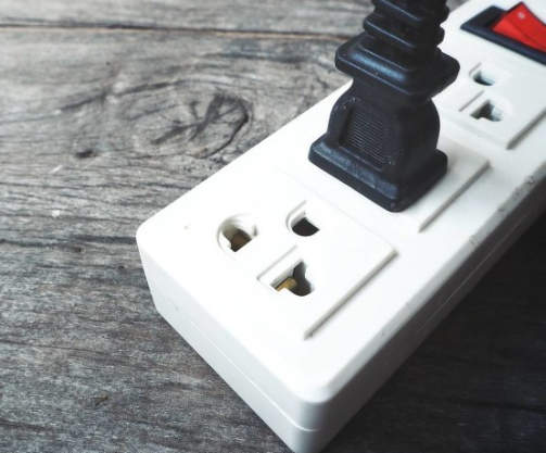 从三大方面闲谈开关电源的电磁干扰抑制方法