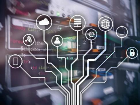 个人计算将大量数据发送到并存储在云计算的大型服务器中?