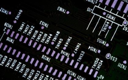 Altera公司將FPGA高端密度范圍增大到82...