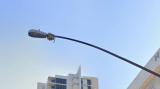 智能路灯引发了一场关于监控的讨论