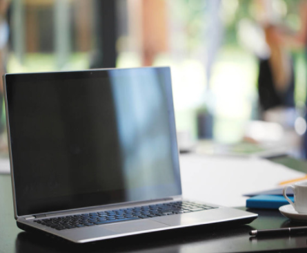 学生返校和远程办公使便携式笔记本电脑销量大涨