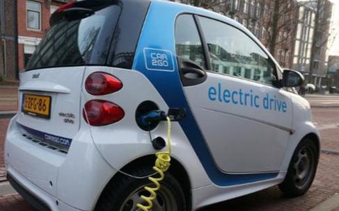 蓄电池的寿命和性能与放电制度和使用条件是息息相关的