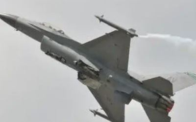 F-16飞行员不敌AI五战皆败