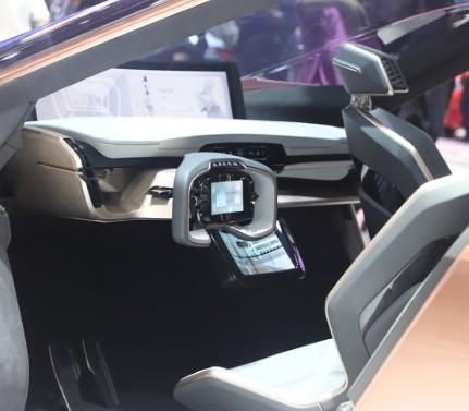激光雷達可以使用多個激光來實現更強大的自動駕駛汽車功能