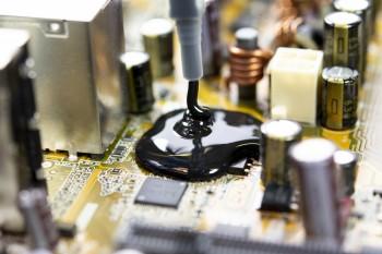 在恶劣和挑战性环境中保护PCB的技巧