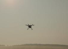 使用无人机进行航拍,如何选择航拍的角度