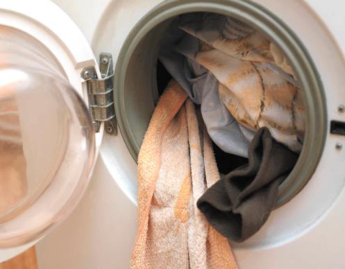 表面干干净净的智能洗衣机,竟然细菌总数超标!
