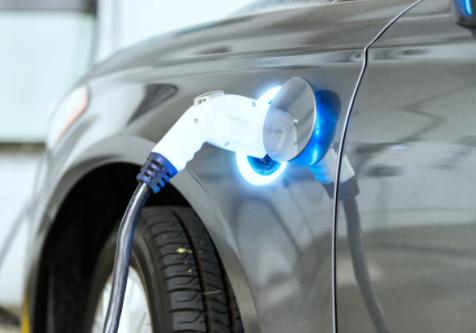 """电动汽车自燃事件频发,宁德时代或失去""""电池战役""""的主动权"""