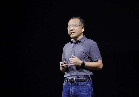 华为推出的智能汽车解决方案中三大鸿蒙OS分别是指什么?