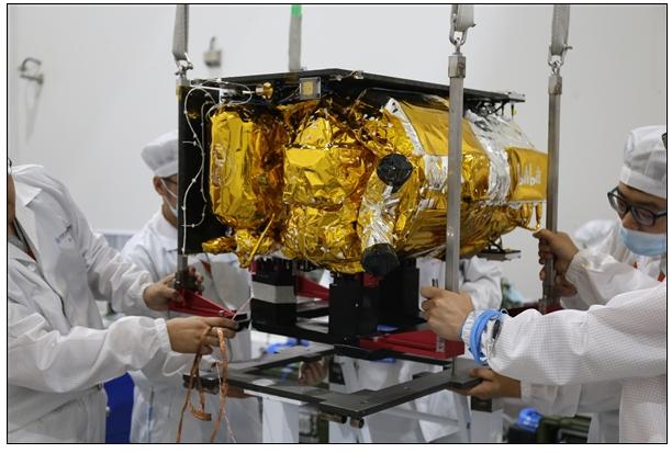 我国首个由B站定制、用于科普传播的视频遥感卫星成...