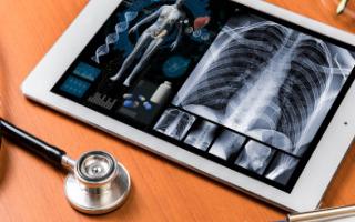 智慧医疗APP未来发展的优势及挑战