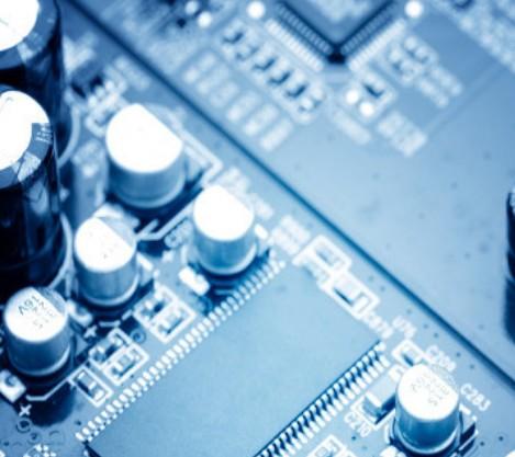 研究人員開發可有效管理晶體管產生的大量熱通量的電子設備