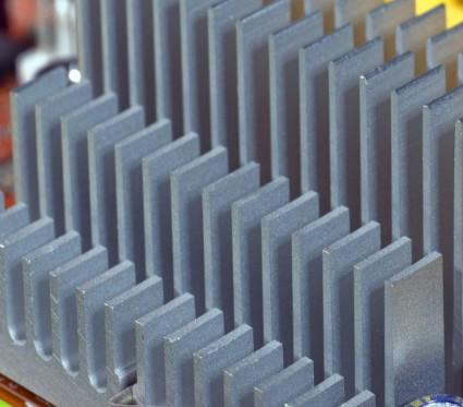 国家存储器基地成功研制出了全球首款128层QLC三维闪存芯片