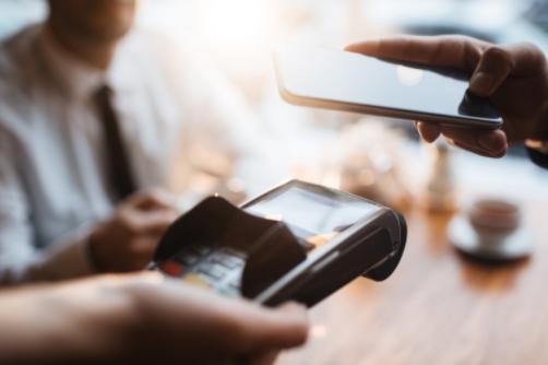 手機碰一碰NFC智慧貼,一秒開啟「三翼鳥」智慧場景