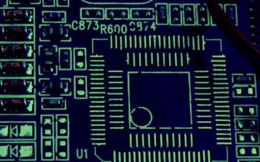 MRAM是一种非易失性的磁性随机存储器,它有什么优点