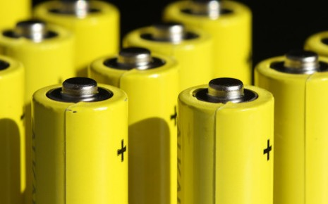 梅赛德斯:标配固态电池的车辆要到2025年左右才会出现