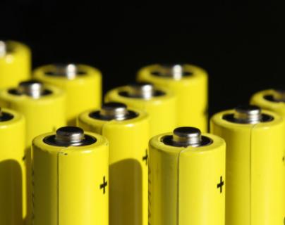 爆LG将召开董事会,讨论剥离其汽车电池业务事宜