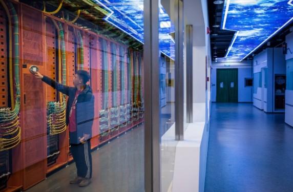 阿里巴巴数据中心用智能自提系统科技来推进上海早餐...