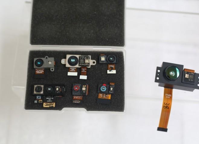 炬佑智能利用intuitive TOF的系统技术,控制场景动态传感器和发光部分