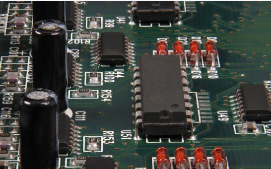 使用DS18B20温度传感器设计的实时温度监控系统软件免费下载