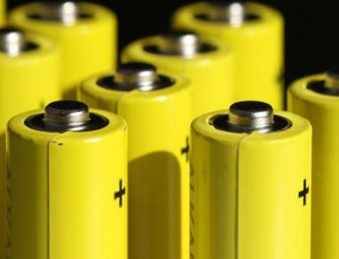 """特斯拉电池技术或将成为美国动力电池产业的""""救命稻草"""""""