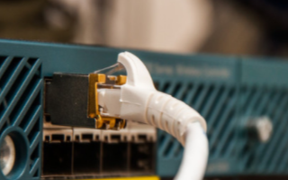 Amphenol Commercial SAS/PCIe 4.0连接器的特性和应用
