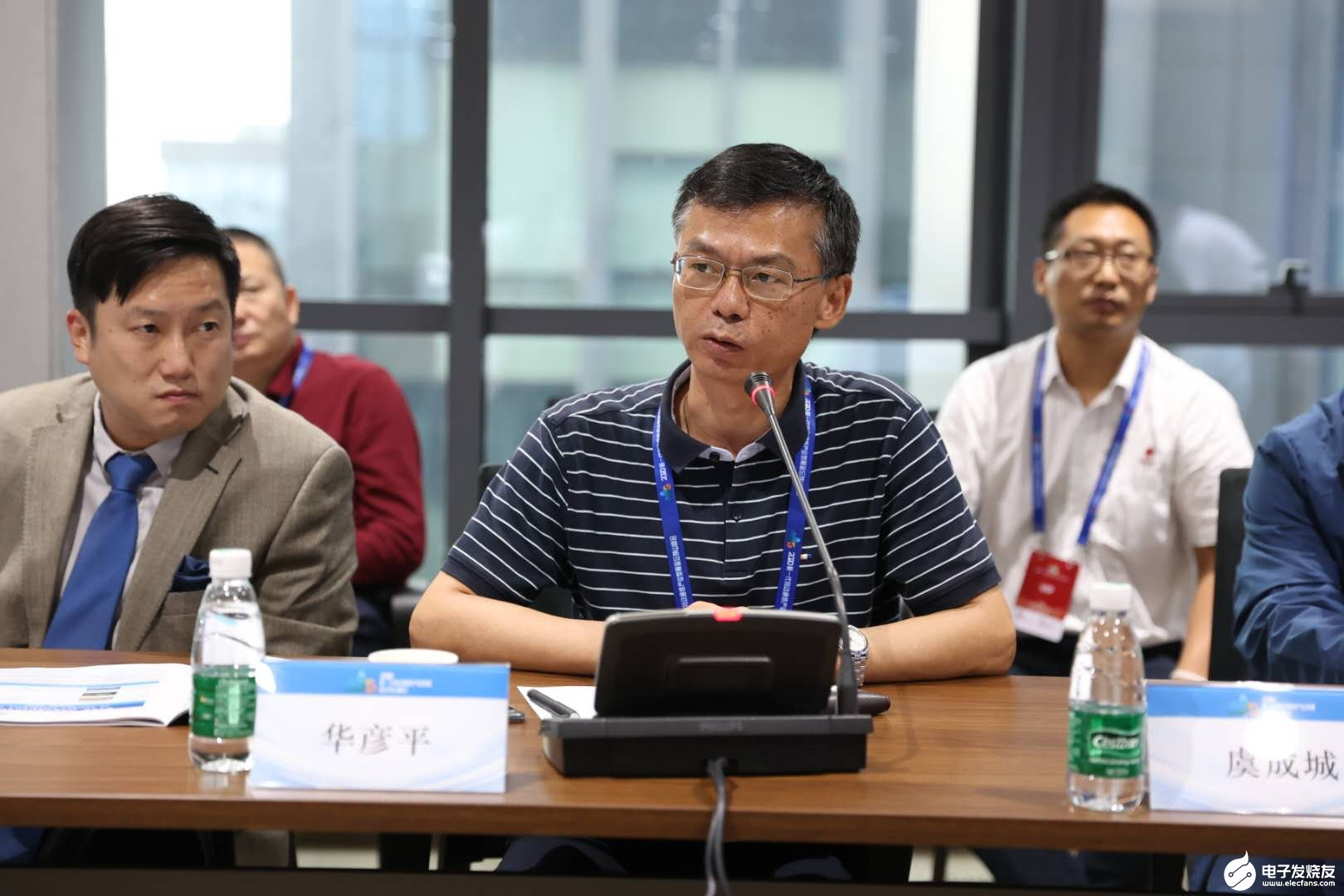 5G天线产能达到日均千面,亨鑫科技5G业务发展进...