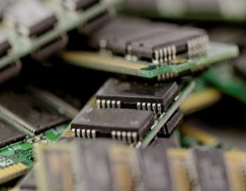 晶体管设计已达到基本尺寸限制
